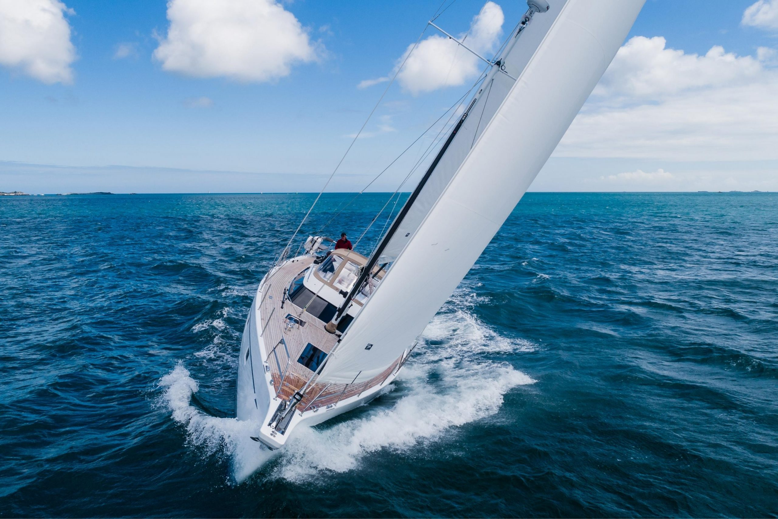 We make sure you can push your yacht to the limit